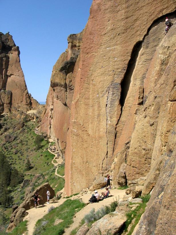 A relaxing day at the Cinnamon Slabs, Smith Rock, Oregon
